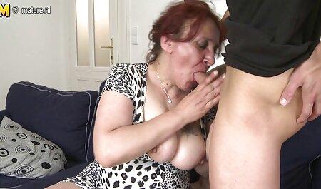 Snimljeno je na mobilni sex porn filme telefon za njegovog dečka.
