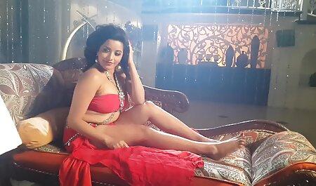 Evelina Darling, ovisna o donjem filme sexi video rublju i analnom seksu