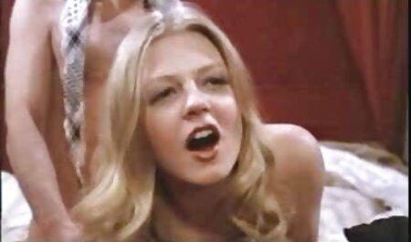 Nevjerojatna sperma sex sex filme u ustima