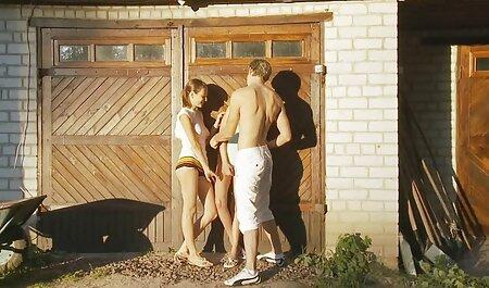 Brunette babe film porno sexi rachel rox daje vruće bj