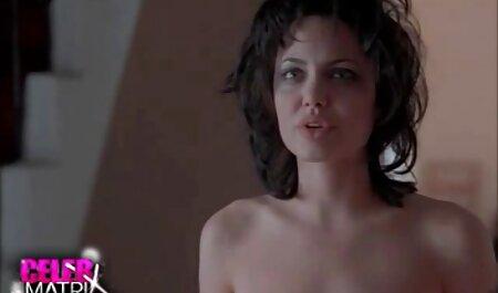 Teta se našla private sex film u kuhinji