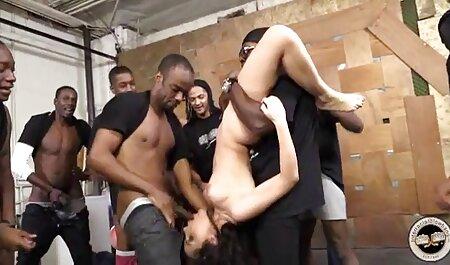 Slatke dlakave djevojke zajebavaju se xxx sex porno film u spavaćoj sobi