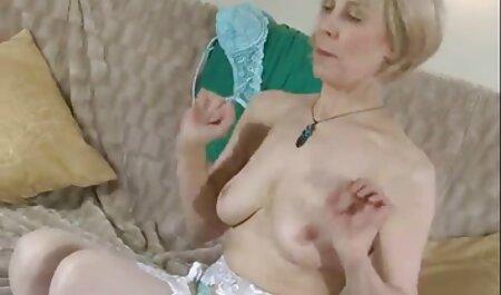 Kinky vanjski par u mom and son film sex troje s malom babom