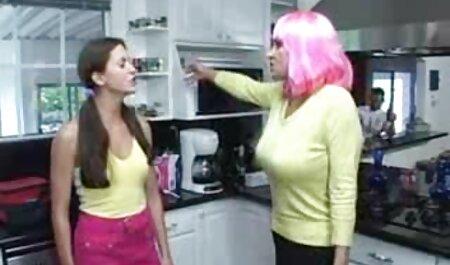 Carla kush i anal film sex vitez pružajući zabavu nekim lezbijkama