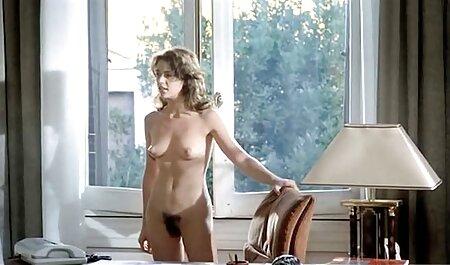 Nina Elle www sexi porno obožava davati duboke, lepršave